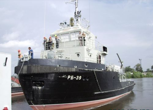 Pr. 705Б harbour tugboat